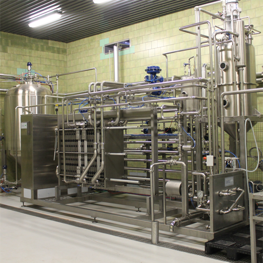 Flow pasteurizer for beer