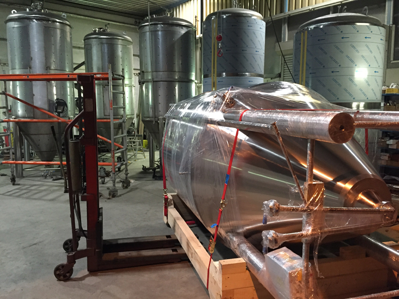 Cylindrical-conical tanks 4000 liters for United Kingdom 2015