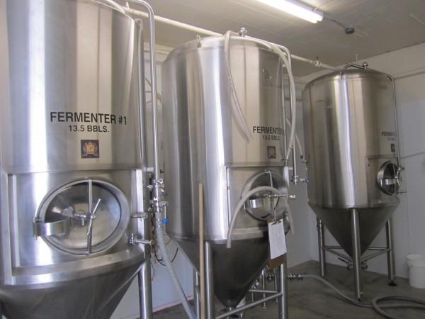 Fermentační nádrže s kónickým válcem