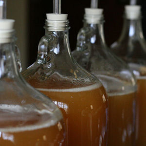 Plnicí systémy jablečného cideru - plnění cideru do lahví, sudů, plechovek