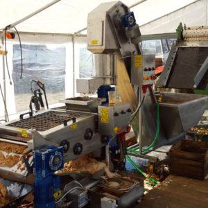 Systémy zpracování ovoce pro výrobní linky jablečného cideru