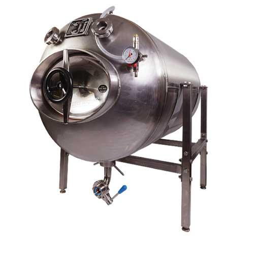 Beer serving tanks