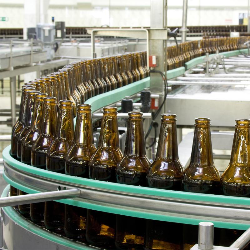 stroje pro manipulaci s lahvími